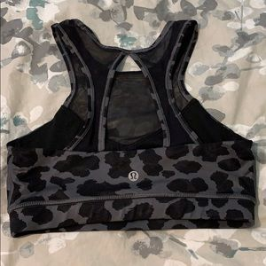 Lululemon Gray Black Cheetah Print Sports Bra sz 4